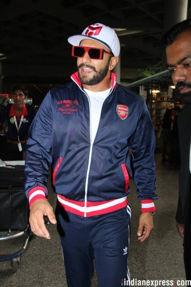 ranveer singh at mumbai airport