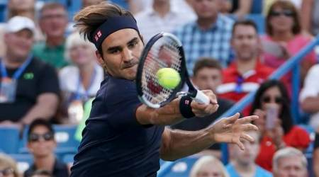 Roger Federer wins, Serena Williams loses in Cincinnati tournament