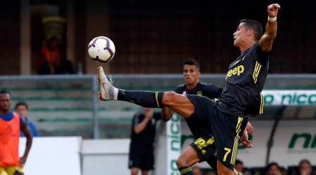 Juventus snatch dramatic win on Cristiano Ronaldo's Serie Adebut