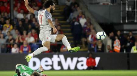 Mohamed Salah sets up two goals, Liverpool beat Crystal Palace 2-0