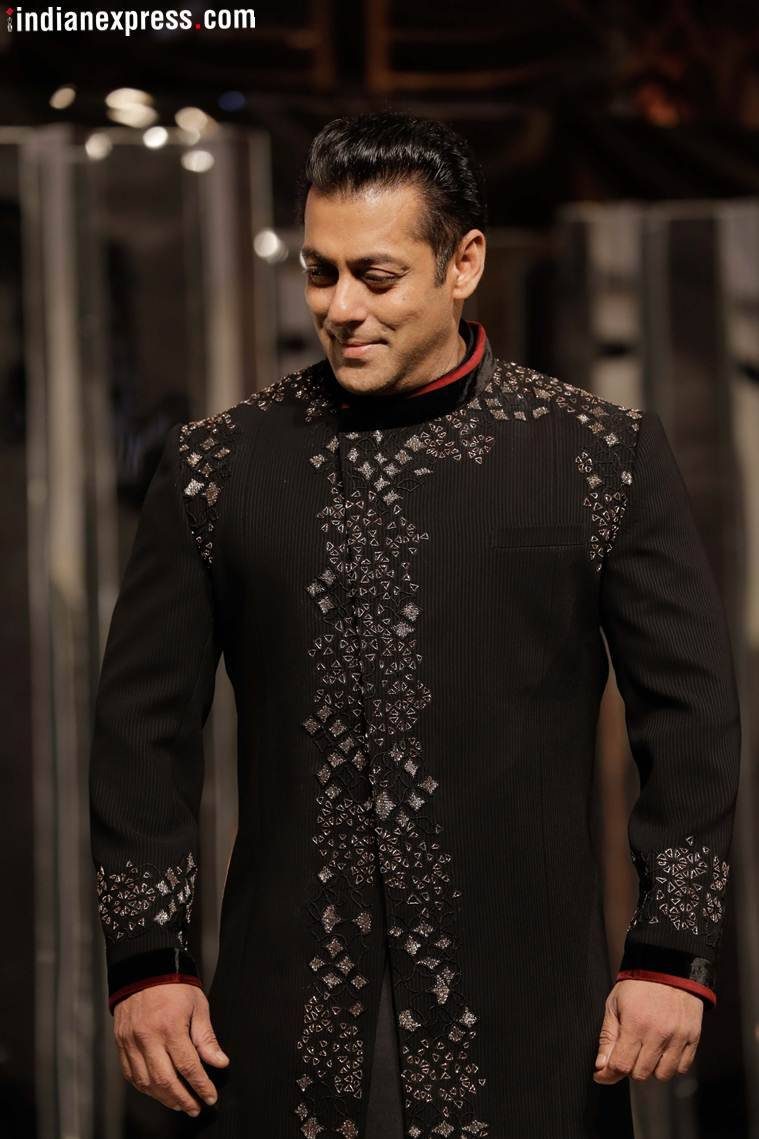 salman khan at manish malhotra show