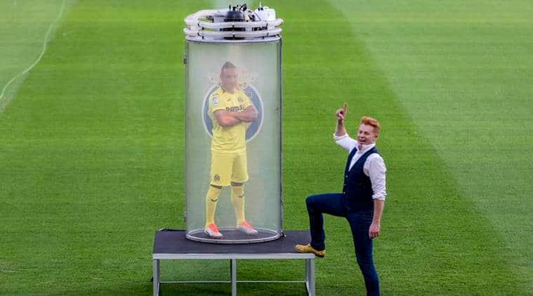 Villarreal unveil Santi Cazorla in most bizarre fashion; watch video