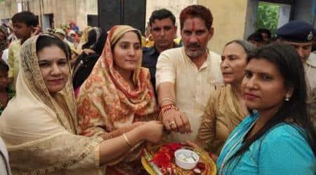 Haryana: Muslim women tie rakhis to state BJP chief SubhashBarala