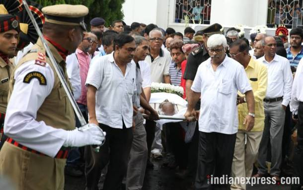 somnath chatterjee dead, somnath chatterjee passes away, somnath chatterjee photos, who is somnath chatterjee, somnath chatterjee life, lok sabha speaker passed away