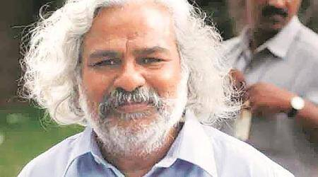 Trying to form platform that will support 120 MP candidates: Telangana poet Gaddar