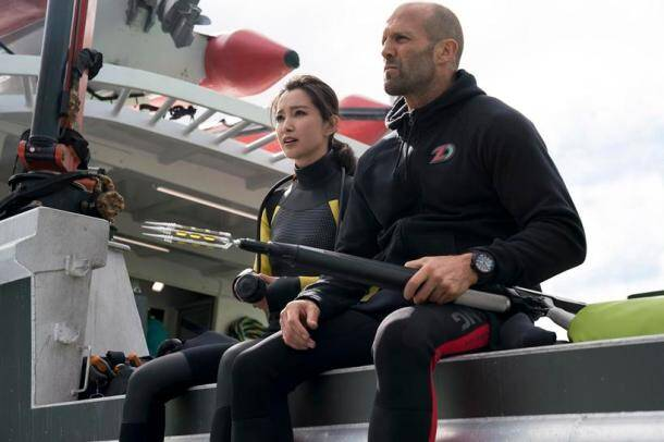 the meg still featuring jason statham and li bingbing