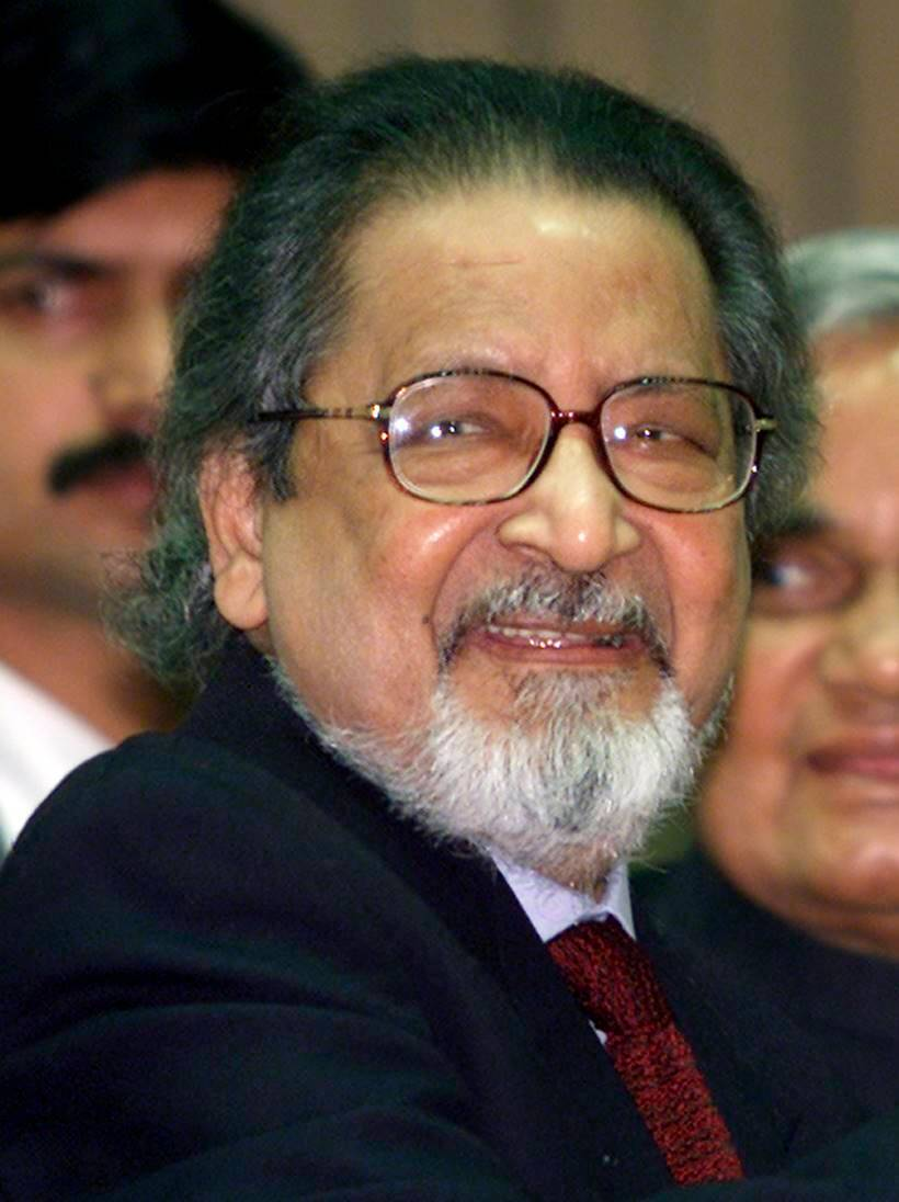Nobel laureate V S Naipaul, known for novels like 'Enigma of Arrival', died at 85