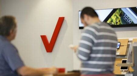 Verizon partners with Apple and Google for superfast 5G TV service