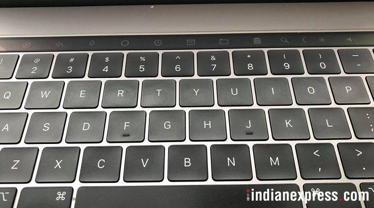 apple macbook pro 2018, macbook pro 2018, macbook pro 2018 price in india, macbook pro 2018 features, macbook pro 2018 review, macbook pro 2018 specifications, macbook pro 2018 pros, macbook pro 2018 availability, macbook, apple
