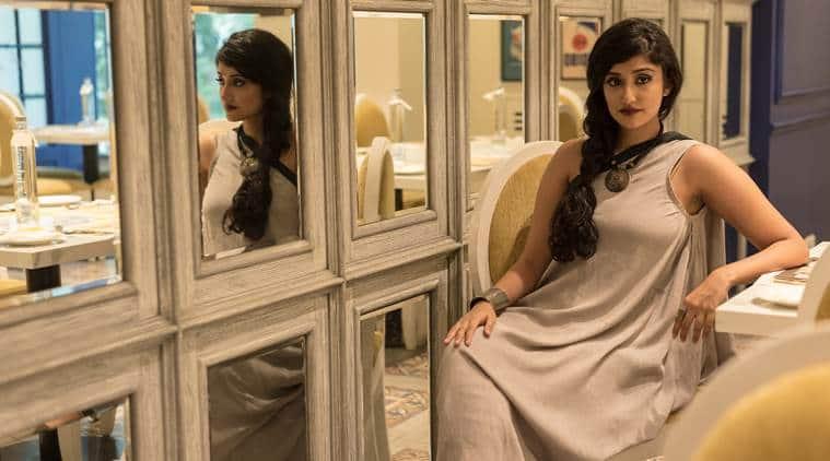 sari, ways to drape a sari, easy ways to drape sari, armhole sari, indian express, indian express news