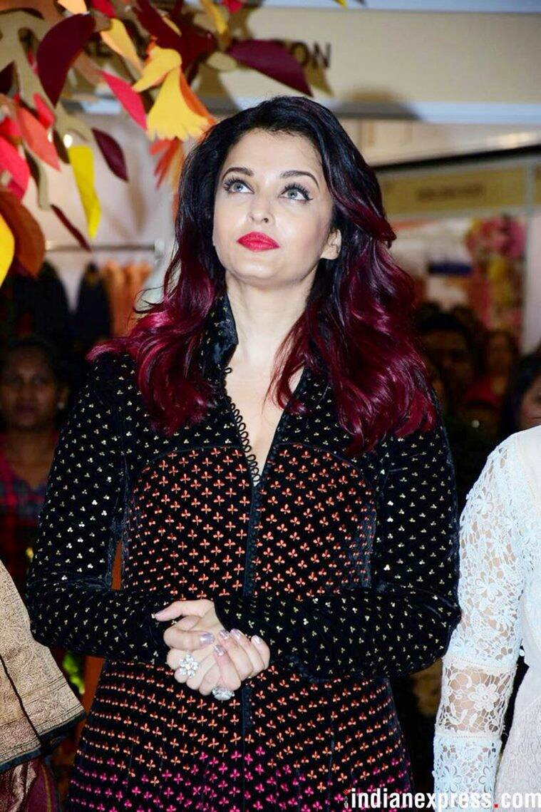 Watch Aishwarya video