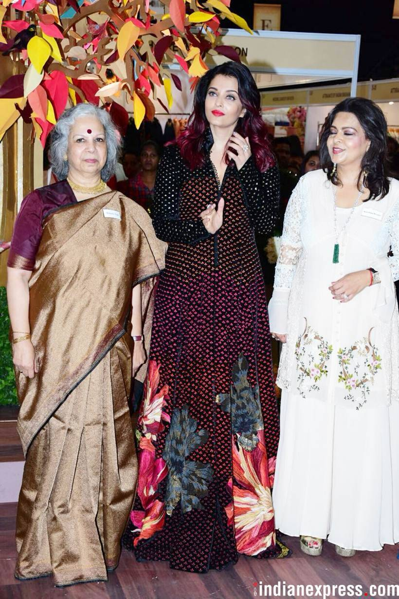 Aishwarya was joined by her mother Brindya Rai and singer Sonu Nigam