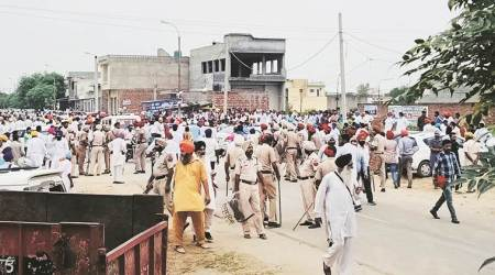 Punjab: 3 cops among 4 injured as Congress, SAD workers clash ahead of zila parishad polls