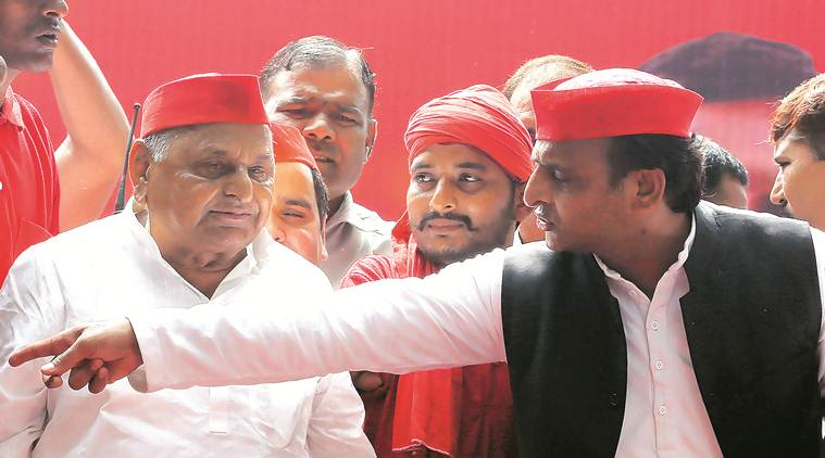 Akhilesh, Mulayam Yadav assets case: SC sends notice to CBI, seeks reply in two weeks