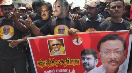 To assert his power in DMK, M K Alagiri marches to Karunanidhi Samadhi