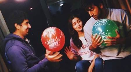 Alia and Ranbir have no worries on the sets of Brahmastra