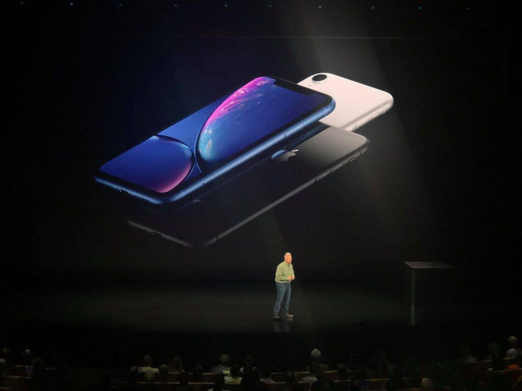 Apple iPhone XR, Apple iPhone XR price in India, Apple iPhone XR launch in India, Apple iPhone XR specifications, Apple iPhone XR features, Apple iPhone XR sale date in India, iPhone XR, iPhone