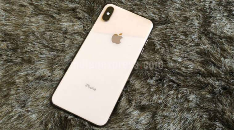 best sneakers e2873 ff0b2 Apple iPhone XS Max review: Yes, this comes at a hefty price, but you won't  regret it
