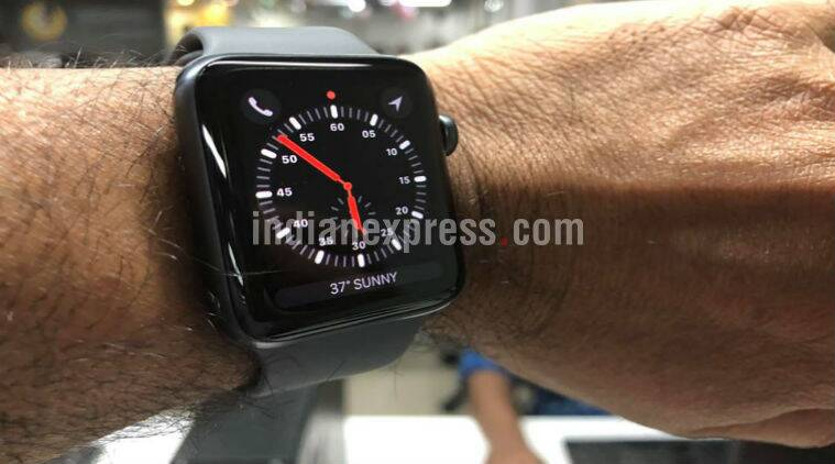 Apple Watch Series 3, Apple Watch Series 3 price cut in India, Apple Watch Series 3 price in India, Apple Watch Series 3 GPS price, Apple Watch Series 3 Cellular price in India, Apple Watch Series 3 review, Apple Watch