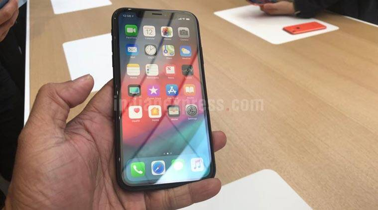 Apple Iphone Xs Max Bigger Faster And 1099 Price Tag