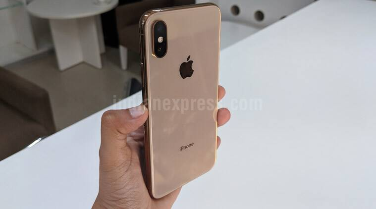 Apple, Apple iPhone XS, iPhone X review, iPhone XS full review, iPhone XS vs iPhone XS Max, iPhone XS specifications, iPhone XS features, iPhone XS price