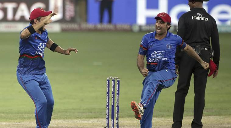 Top Afghan cricketers criticise change of captain