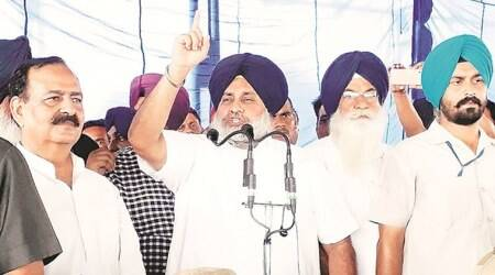 Sukhbir Singh Badal addresses workers in Jakhar's village, dares him to face Akalis