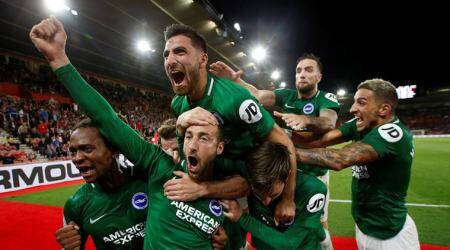 Late Glenn Murray penalty earns Brighton 2-2 draw at Southampton