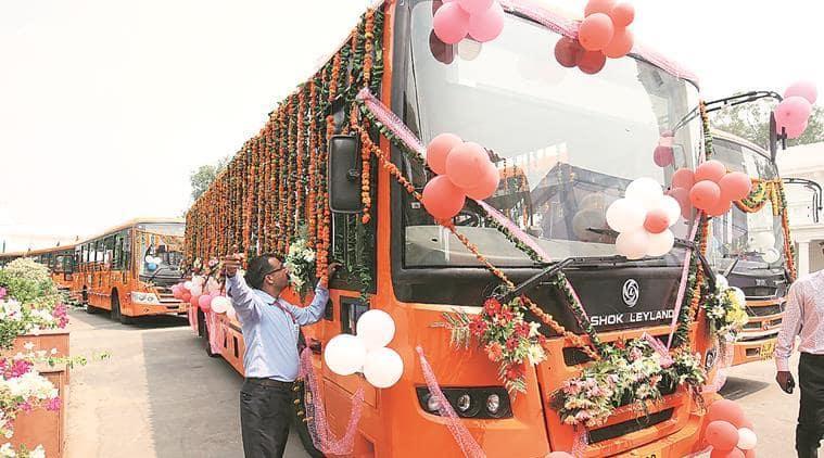 1,758 standard-floor buses run under the cluster scheme. (Archive)