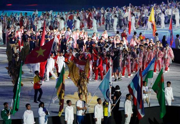 Asian Games 2018: Fireworks, athletes and Bollywood music as 18th Asiad draws to a close