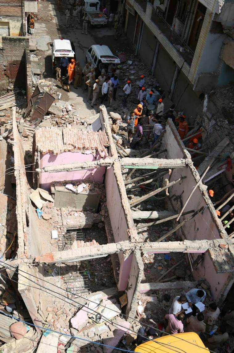 Delhi: Building collapses in Sawan Park, 2 killed, search operations continue