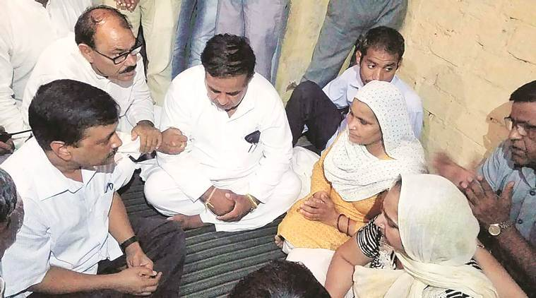 Delhi govt to give Rs 1 crore to kin of Haryana martyr