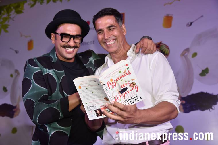 akshay kumar and ranveer singh at twinkle khanna's book launch