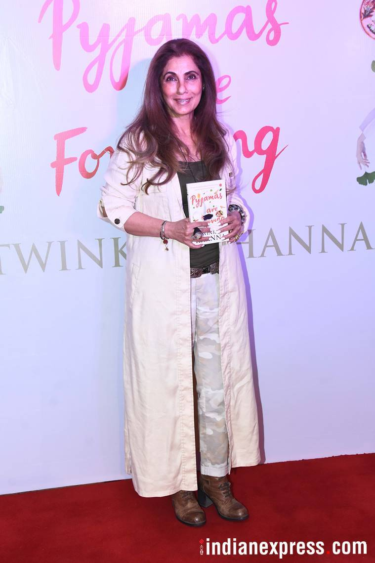 dimple kapadia at twinkle khanna's book launch