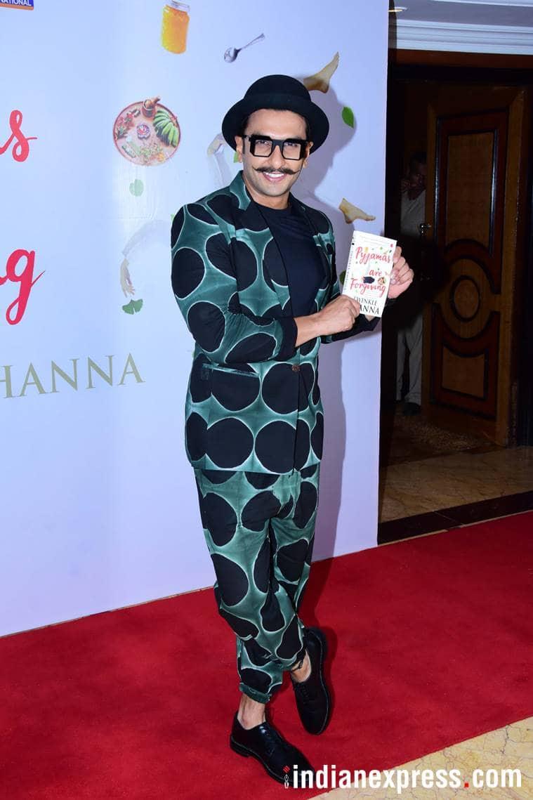 ranveer sing at twinkle khanna book launch