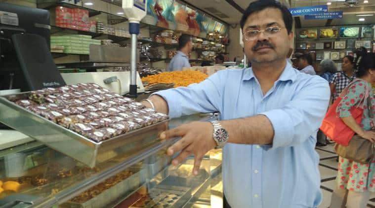 evergreen sweet house, delhi, sweets, savouries, green park, jain foods, Mohan Lal, Akhtiari Lal, Shyam Lal Chopra, indian express, indian express news