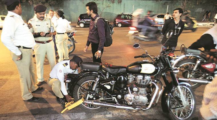 Pune: Traffic police plans crackdown on manufacturers and sellers