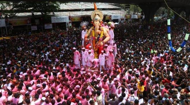 Ganpati Visarjan: Ganesh Chaturthi comes to an end as people gear up for the big dip