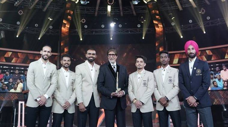 Amitabh Bachchan on the sets of Kaun Banega Crorepati alongside the Indian hockey team