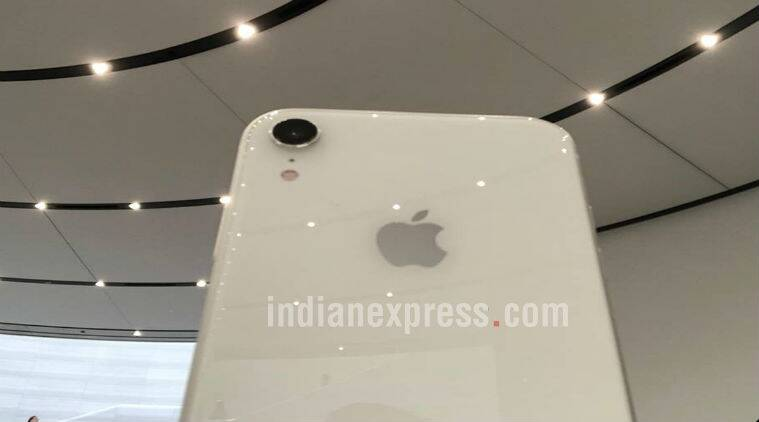 Apple, Apple iPhone Xs, iPhone Xs Max, iPhone Xr, iPhone Xr price in India, iPhone xs price in India, iPhone Xs price, iPhone Xs specifications, iPhone Xs features, Apple Watch, Apple Watch Series 4