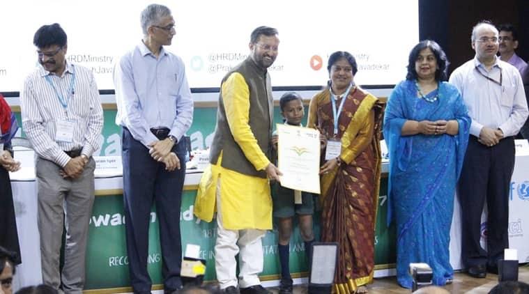 Swachh Vidyalaya Puraskar, Swachh Vidyalaya Puraskar awards, Swachh Vidyalaya Puraskar awards 2018. HRD Minister Prakash Javadekar