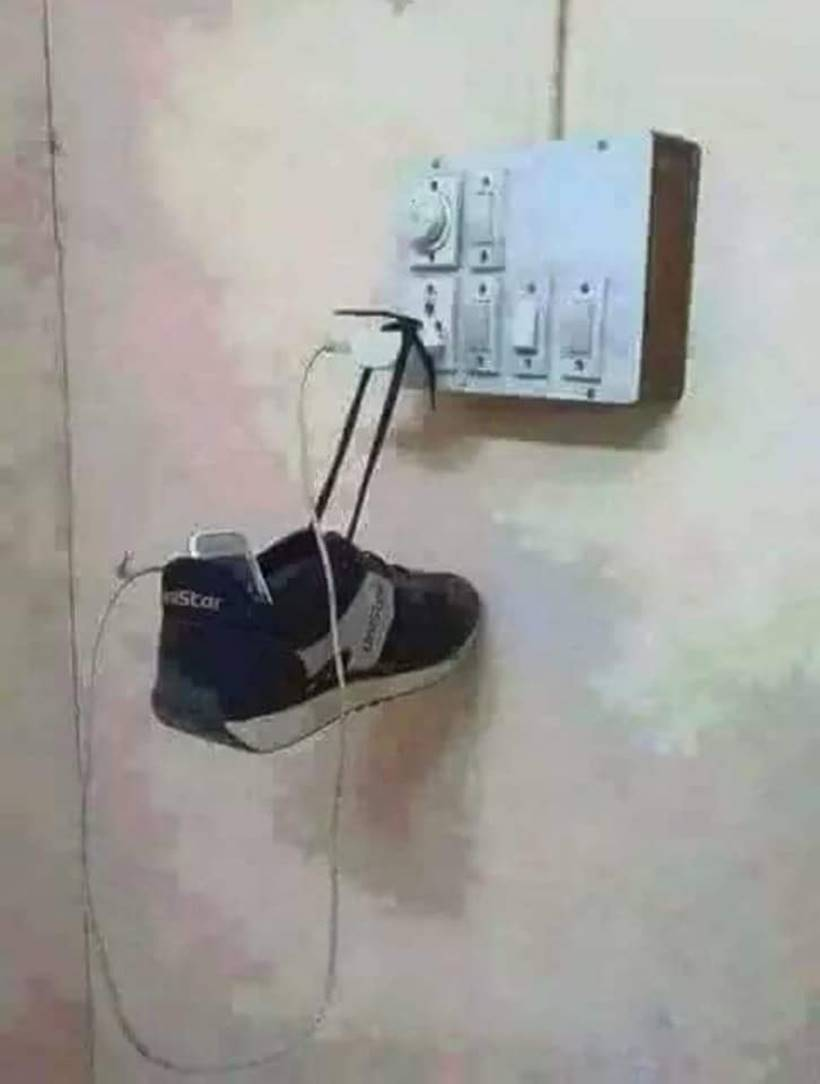 life hacks, jugaad, easy life hacks, funny life hacks pictures, indian jugaad, what is jugaad, work made easy jugaad, funny memes, hilarious memes, viral pictures, funny viral pictures, indian express, indian express news