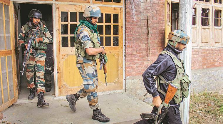 jammu and kashmir, kashmir violence, jammu kashmir police, hizbul mujahideen, jammu kashmir police killed, kashmir policemen abduction, kashmir policemen attacked, kashmir terrorist