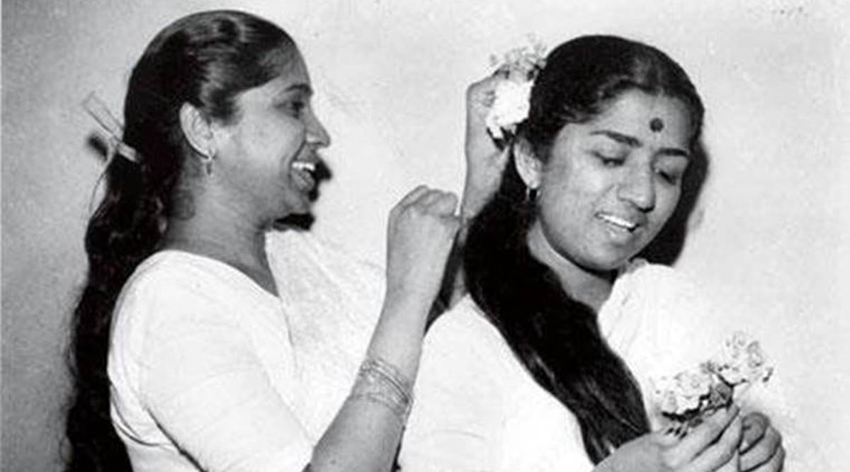 Lata Mangeshkar turns 89; birthday wishes pour in as netizens share old pictures of the legendary singer | Trending News,The Indian Express