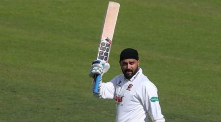 Murali Vijay slams hundred on County debut, leads Essex to victory