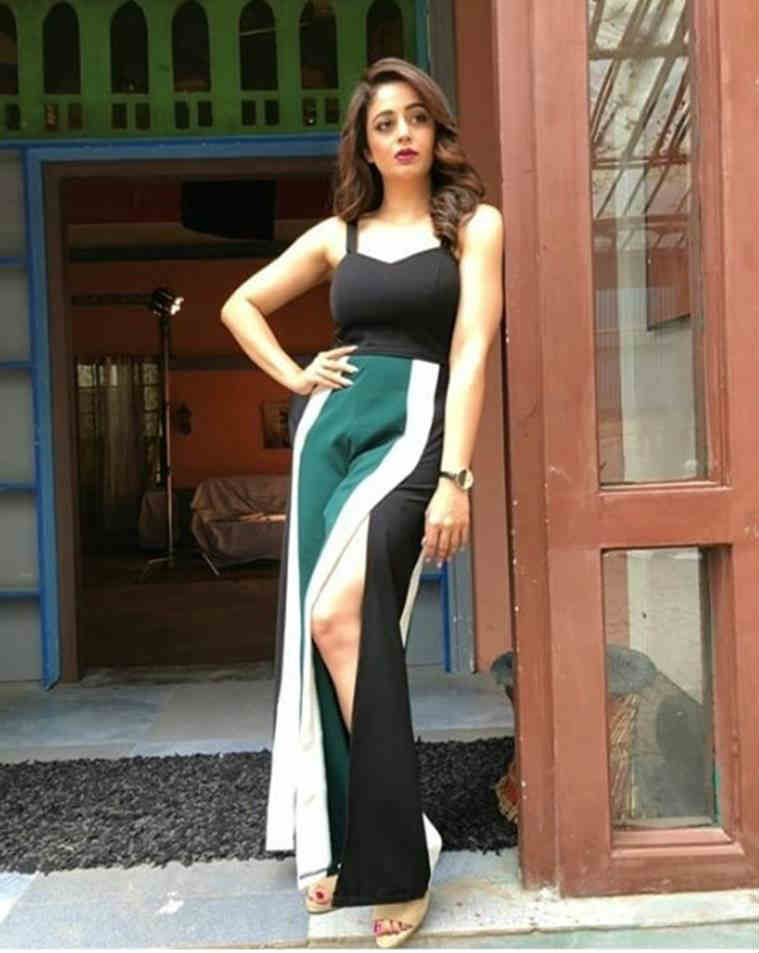 Nehha Pendse photos
