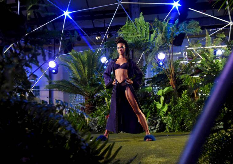 New York Fasshion Week, Rihanna at New York Fasshion Week, NFW, rihanna's lingerie collection at New York Fasshion Week, New York Fasshion Week 2018, New York Fasshion Week 2018 latest news, indian express news, indian express