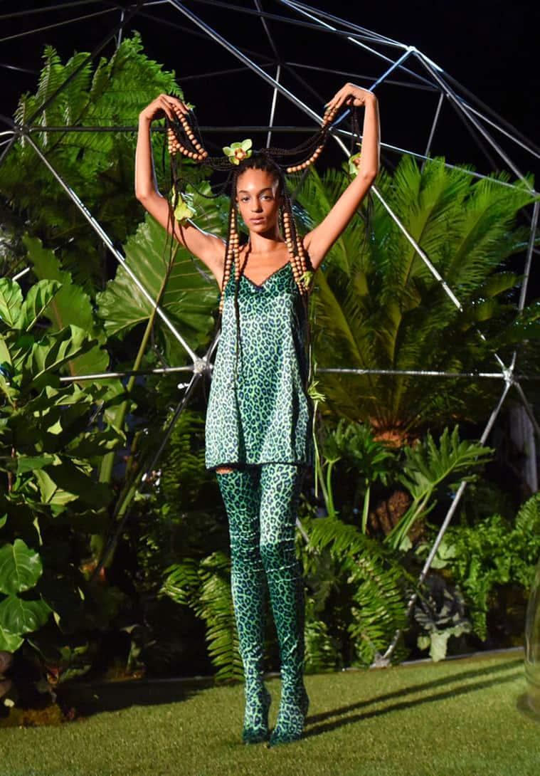 New York Fasshion Week, Rihanna at New York Fasshion Week, NFW, rihanna's lingerie collection at New York Fasshion Week, New York Fasshion Week 2018, New York Fasshion Week 2018 latest news, indian express news, indian express