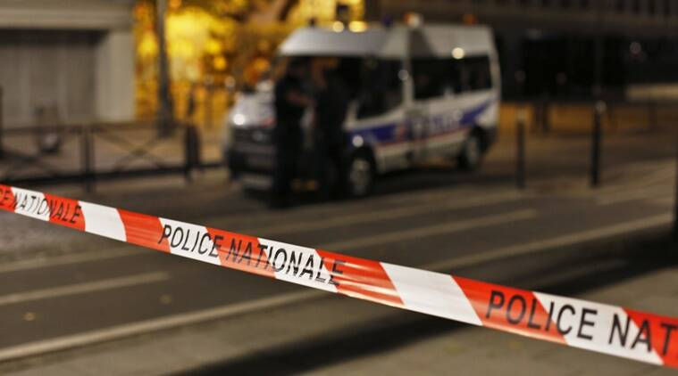 Seven injured in Paris knife attack, terrorism not suspected