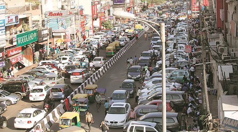 Delhi adds 1,400 cars to its roads each day, said officials.